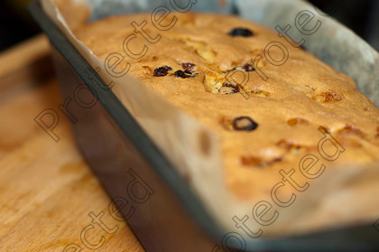 Baked-fruit-cake-001