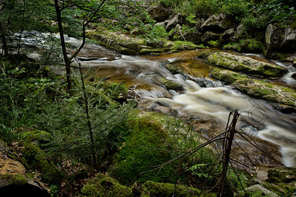 Stream-001 